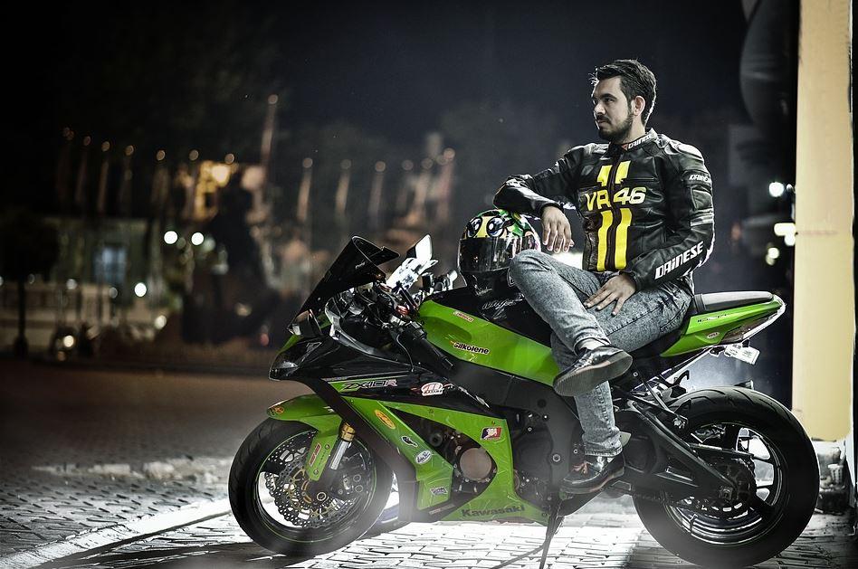 casque moto sportive